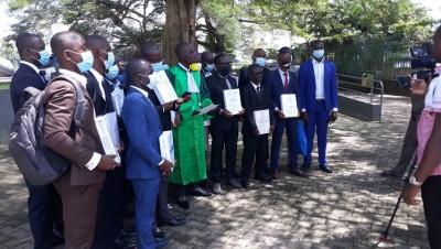 Côte d'Ivoire:  Les Docteurs non recrutés annoncent une marche pacifique sur la Présidence de la République et plaident pour la signature d'un décret spécial pour leur recrutement