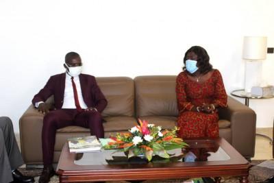 Côte d'Ivoire :   Éducation nationale, la MUPEMENETCI présentée à Mariatou Koné, elle félicite ses dirigeants pour le travail abattu