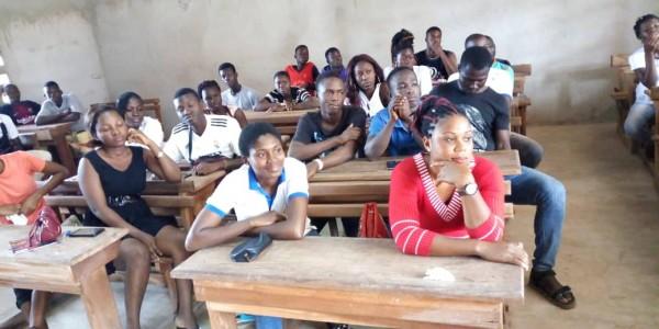 Côte d'Ivoire : Bouaké, plus d'accès aux SSSUSAJ, une centaine de jeunes sensibilisés sur les grossesses à risque