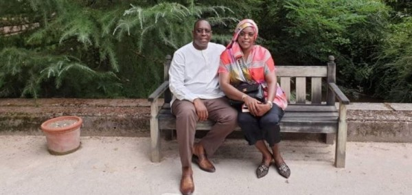 Sénégal: Le couple présidentiel critiqué pour avoir préféré la France au Sénégal pour ses vacances
