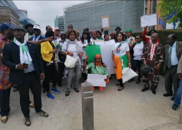 Côte d'Ivoire : Des militants du PDCI-RDA ont manifesté ce lundi devant le siège de l'UE à Bruxelles