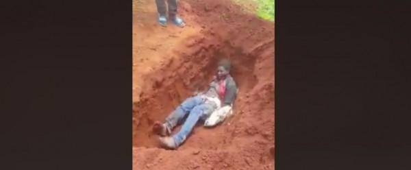 Cameroun: Les sécessionnistes enterrent vivante une femme pour avoir envoyé ses enfants à l'école
