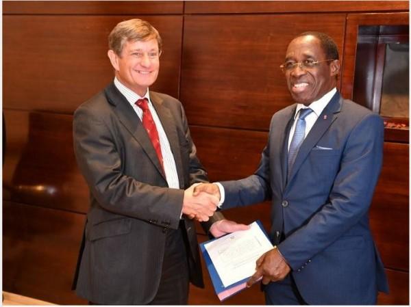 Côte d'Ivoire : 214 milliards de FCFA pour la  construction et d'équipement de 4 Centres hospitaliers régionaux (CHR) et de 2 hôpitaux généraux