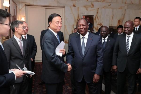 Côte d'Ivoire: Alassane Ouattara reçoit le Vice - Président du Comité Permanent de l'Assemblée Populaire Nationale de Chine