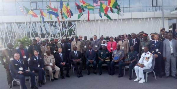 Côte d'Ivoire:  27 armées africaines réfléchissent sur la gestion des Épidémies en Afrique, Hamed Bakayoko les exhorte à partager leurs réussites et leurs difficultés