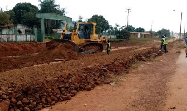 Côte d'Ivoire: À Man, alors que les populations s'impatientaient après le passage de Gon, début effectif des travaux de bitumage