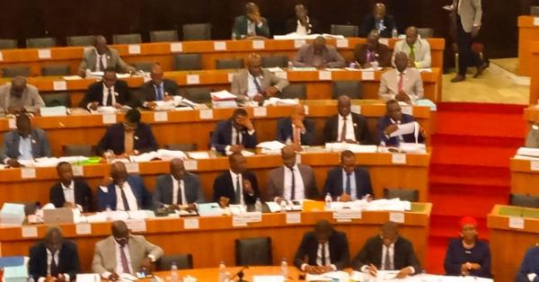 Côte d'Ivoire:  Bruno Koné aux députés de la CAEF: « Nous avons aujourd'hui plus de 200mille intentions de constructions qui comprennent les conventions déjà signées
