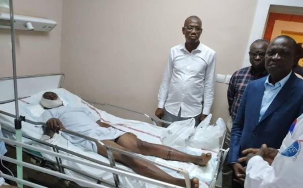Côte d'Ivoire: Suite au drame de l'autoroute du nord, le ministre Amadou Koné aux côtés des blessés à N'Douci