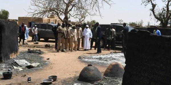 Mali : Le village d'Ogossagou visé par une nouvelle attaque, 20 morts au moins
