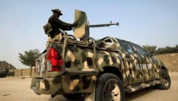 Nigeria : Au moins 30 villageois abattus par des gangs armés dans le nord-ouest