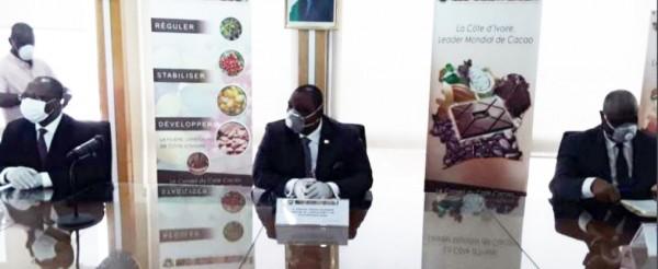Côte d'Ivoire :  Campagne intermédiaire de cacao, le gouvernement reconduit le prix de 825 FCFA de la campagne principale