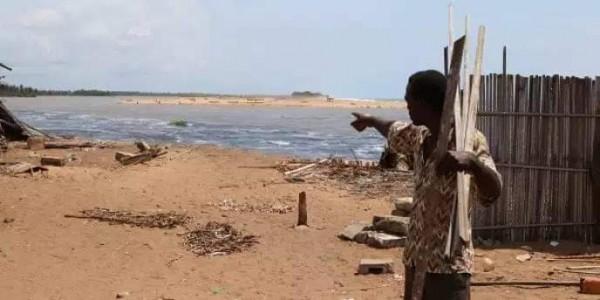 Côte d'Ivoire : À Lahou-Pkanda, la pluie fait ravage, village rasé et des tombes emportées