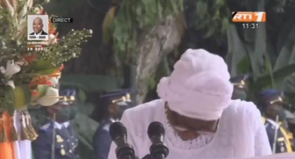 Côte d'Ivoire : Hommage à Gon, face à la douleur de la perte d'un être cher, Kandia fond en larmes au Palais Présidentiel