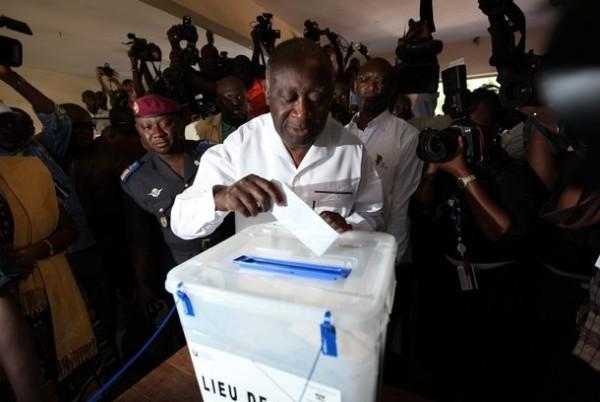 Côte d'Ivoire : Retrait du droit de vote de Laurent Gbagbo, communiqué de sa défense