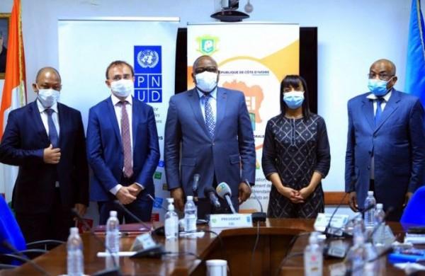 Côte d'Ivoire : Présidentielle,  la France apporte une contribution de 131 millions FCFA pour renforcer  le  mécanisme des résultats des votes