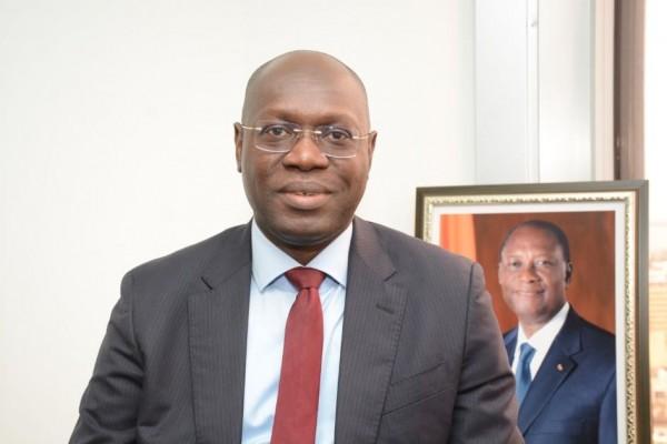 Côte d'Ivoire : Éligibilité du candidat du RHDP, un Dr en Droit «compare » la situation de Ouattara à celle de Wade au Sénégal en 2001 et affirme qu'il peut être candidat