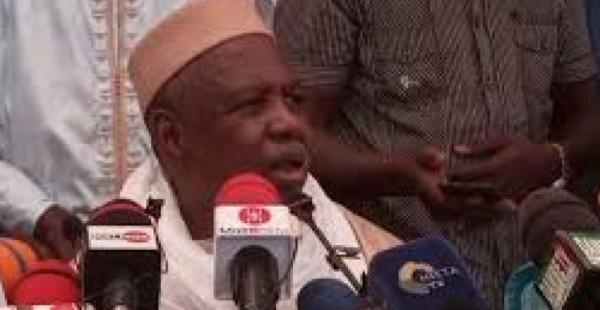 Mali : L'imam Mahmoud Dicko appelle à manifester «mardi» et accuse la France de soutenir Boubou Cissé