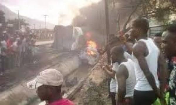 Nigeria : Neuf personnes carbonisées dans l'accident d'un camion- citerne