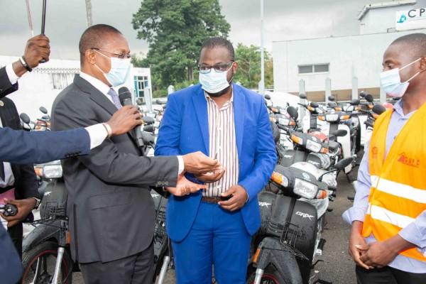 Côte d'Ivoire : Lutte contre les constructions anarchiques, Bruno Koné dote la brigade d'investigation et de contrôle urbain de matériel roulant