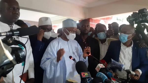 Guinée : Depuis son QG, Cellou Dalein Diallo se proclame vainqueur de la présidentielle