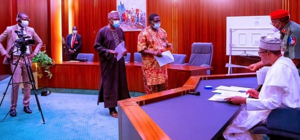 Nigeria : Message de Buhari aux manifestants de « EndSARS » et aux voisins