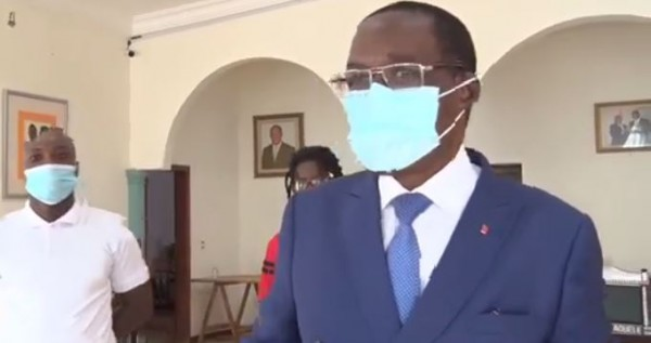 Côte d'Ivoire : L'infox annonce un crash d'avion dans lequel le ministre Aka Aouélé et des cadres du RHDP serait dans le coma, faux