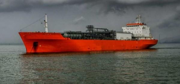 Nigeria : Sept clandestins arrêtés en Angleterre pour avoir tenté de s'emparer d'un pétrolier