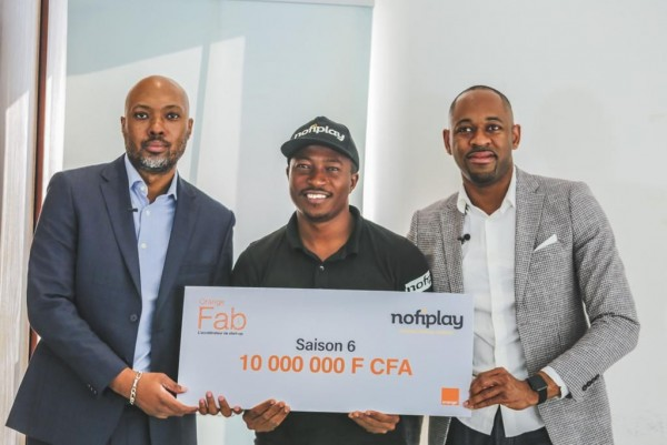 Soutien à l'entrepreneuriat : Orange Côte d'Ivoire poursuit son engagement vis-à-vis des sta...