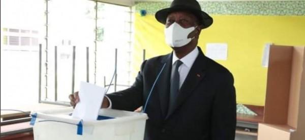 Côte d'Ivoire : Après les turbulences de la présidentielle, Ouattara vote et souhaite que ces législatives 2021 soient apaisées