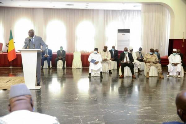 Mali : Reçu par le Président Bah N'Daw, le M5-RFP réclame la dissolution du « conseil de transition »