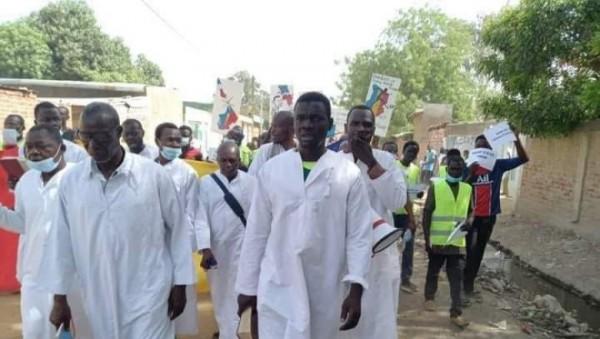 Tchad : Trois pasteurs suspendus pour avoir appelé à des manifestations contre le CMT