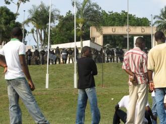 Gabon : lÂ'U.O.B. un  champ de bataille !
