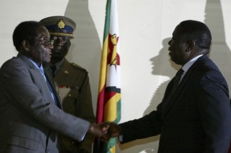 Mugabe, Tsvanguirai  un compromis contre la démocratie ?