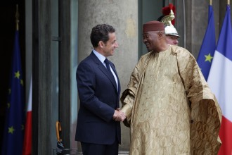 Le président ATT à Paris : les yeux rivés sur le nord Mali