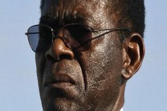 Téodoro Obiang NGUEMA MBASOGO au chevet de Boni Yayi