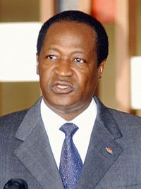 Le président du Faso rencontre la diaspora burkinabèe à Nice (France)