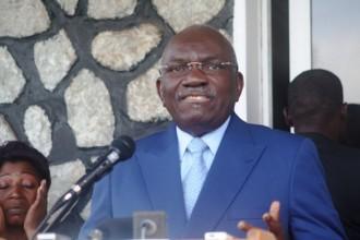 TRIBUNE: Projet de révision constitutionnelle au Gabon: déclaration de Président  Zacharie MYBOTO
