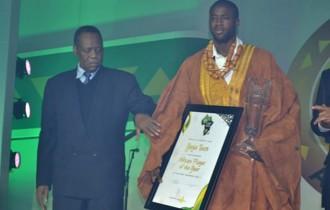 CAF Awards 2011 : Yaya Touré couronné ballon dÂ'Or Africain