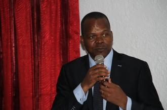 COTE D'IVOIRE : Alain Lobognon et le VIH/SIDA à Grand Bassam
