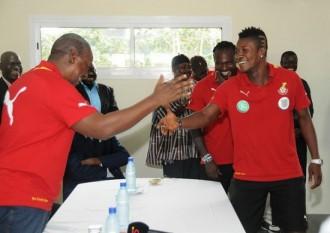 Football: CAN 2013: John Mahama confie une mission aux Black Stars du Ghana
