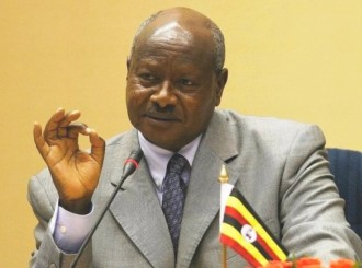 Guerre au Mali : Museveni  attaque les Armées africaines, Mahama contrattaque !