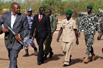 Mali : Mais où est passé le Général Sanogo ? Il a déserté la résidence présidentielle de la base