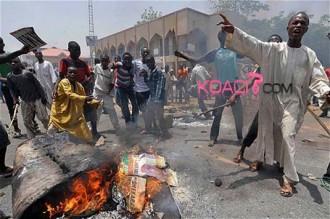 Nigeria : Les procès dÂ'homosexuels suspendus pour éviter la colère de la population