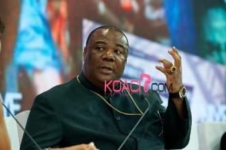 Ghana : Un pasteur intercède pour la résurrection du Ghana Cedis