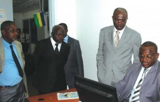 GABON : Première visite officielle du Ministre Blaise Louembé à lÂ'ARCEP