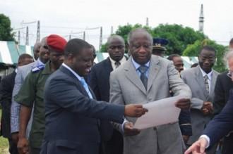 Gbagbo parle de lÂ'avenir des Com-zones de Soro
