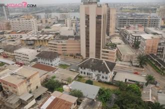 Abidjan se vide avec les espoirs de paix