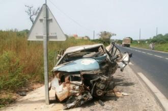7 morts et 50 blessés graves dans 2 accidents