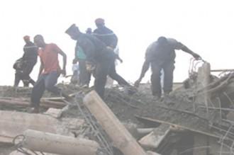 2 bà¢timents s'écroulent à Ouaga 2 morts et une dizaine de blessés
