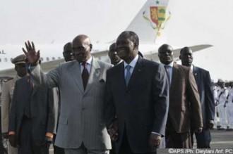 Accueil triomphal pour Ouattara à Dakar